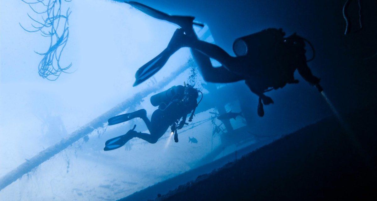 Best Scuba Diving Lights