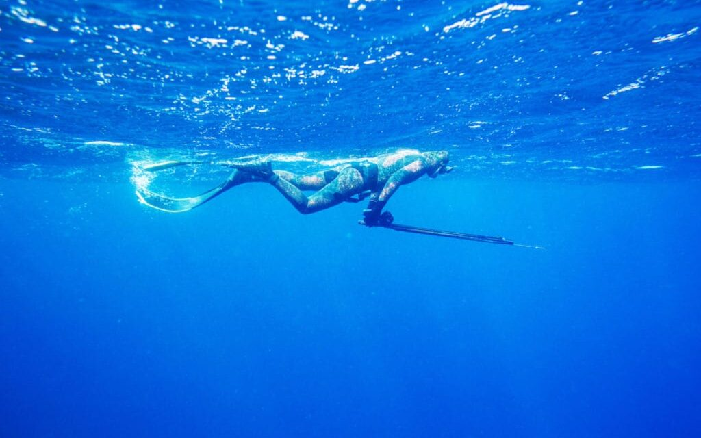 Spearfishing Reel or Float Line – What Should You Use When Spearfishing?